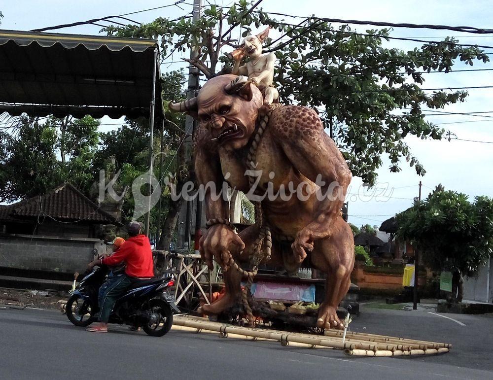 Přípravy na balijský Nový rok Nyepi