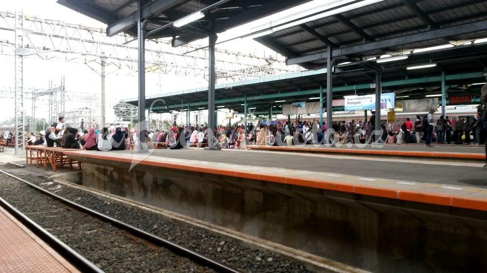 Cestování v Indonésii.