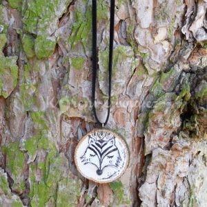 Ručně malovaný dřevěný náhrdelník - medailonek *LIŠÁK CYRIL*
