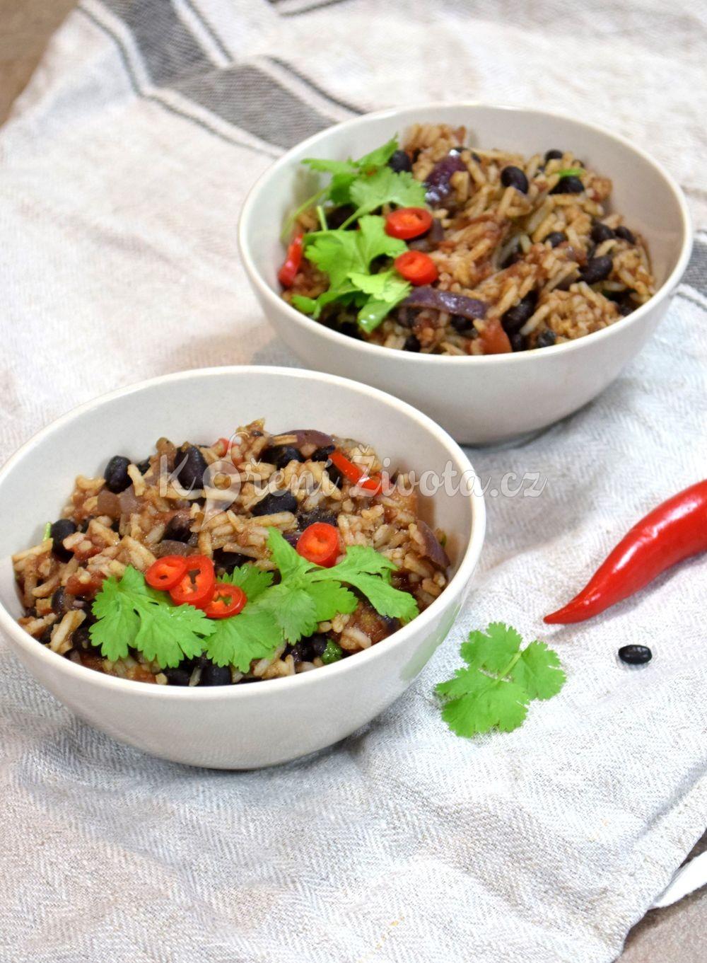 Lehký letní oběd. Mexická rýže skoriandrem a římským kmínem