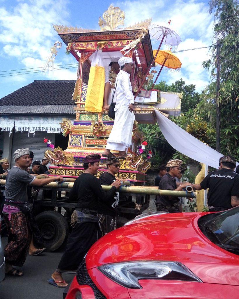 Balijská pohřební ceremonie