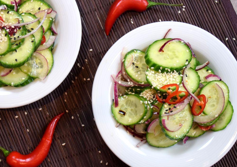 Asijský okurkový salát recept