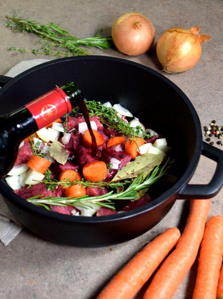 Hovězí po burgundsku recept