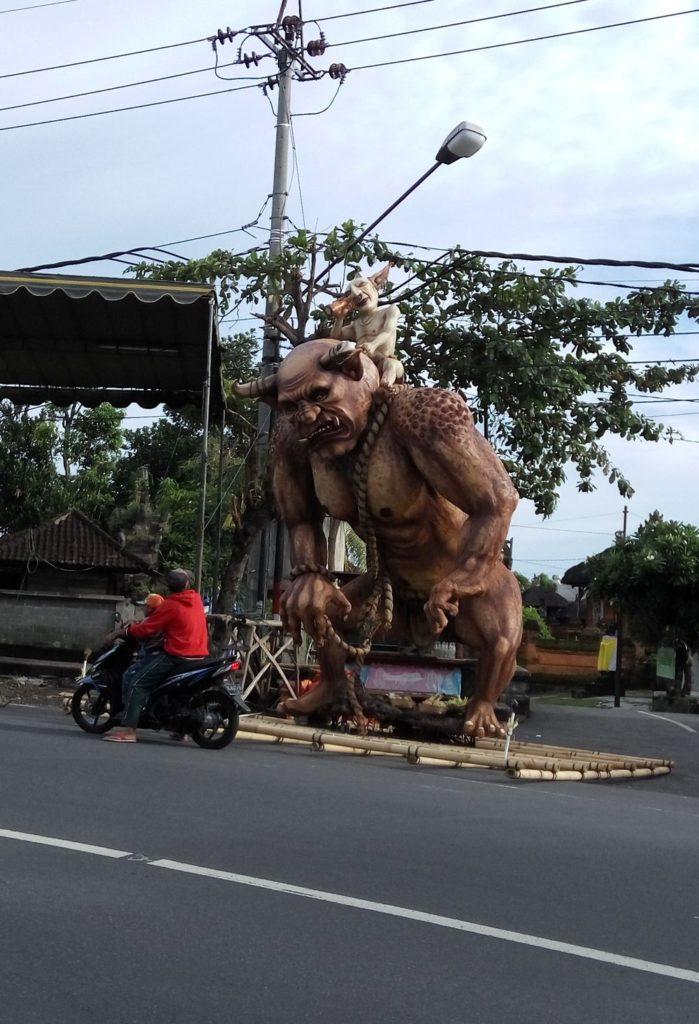 Balijské pozůstatky svátku Ogoh, Ogoh