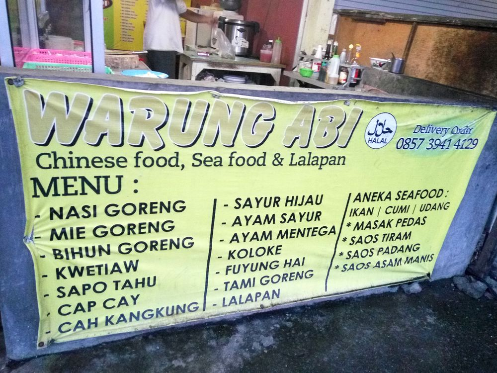 Warung s jídelním lístkem :-)