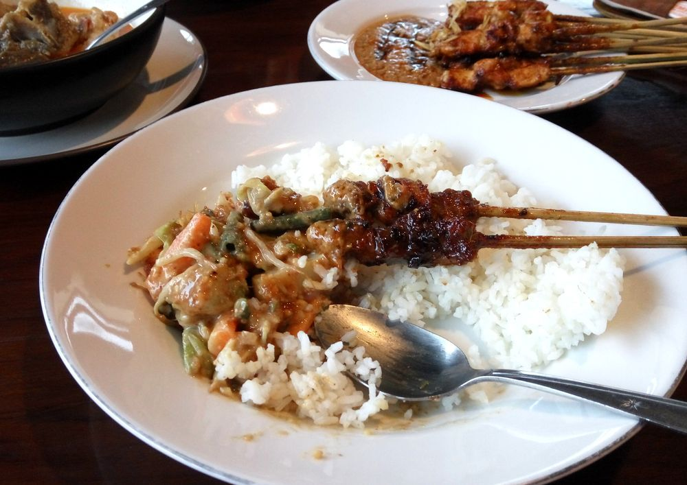 Sate s rýží - špízy