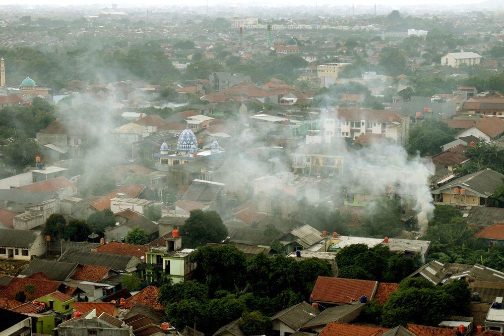 Jakarta - předměstí Depok