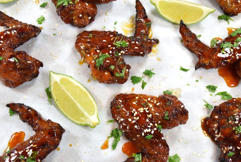 Pikantní kuřecí křidélka Sriracha Chicken Wings recept