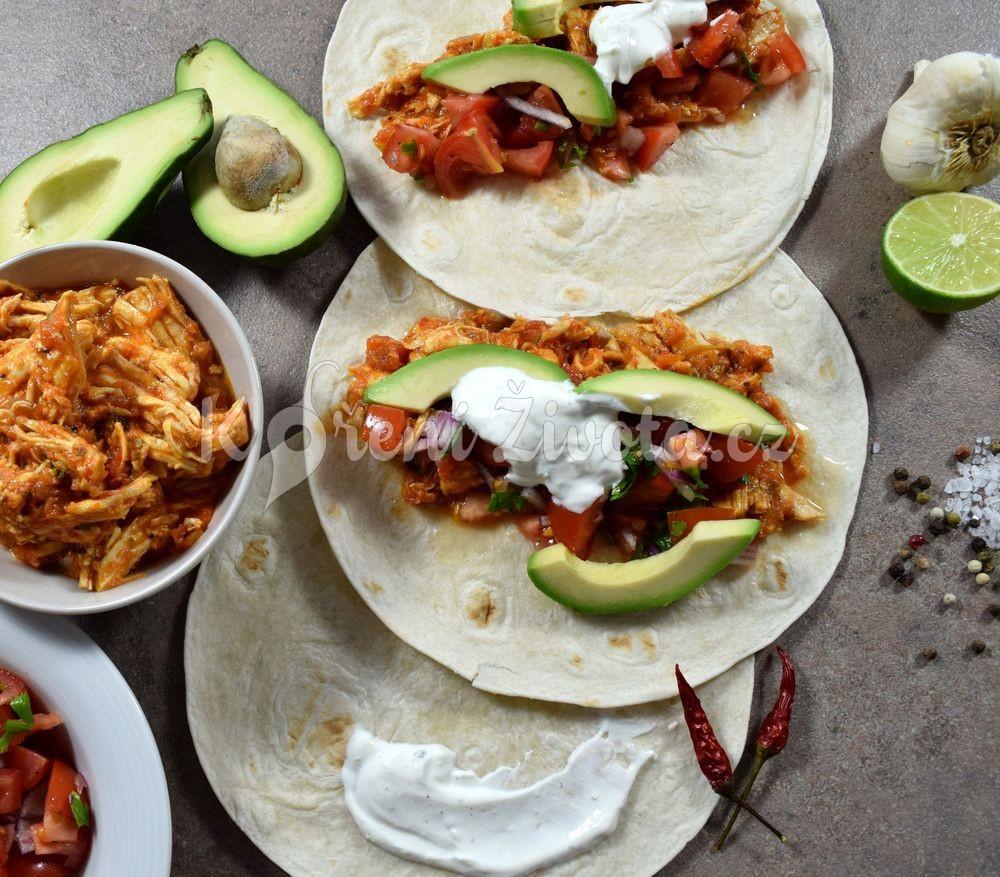 Trhané kuřecí maso na tacos