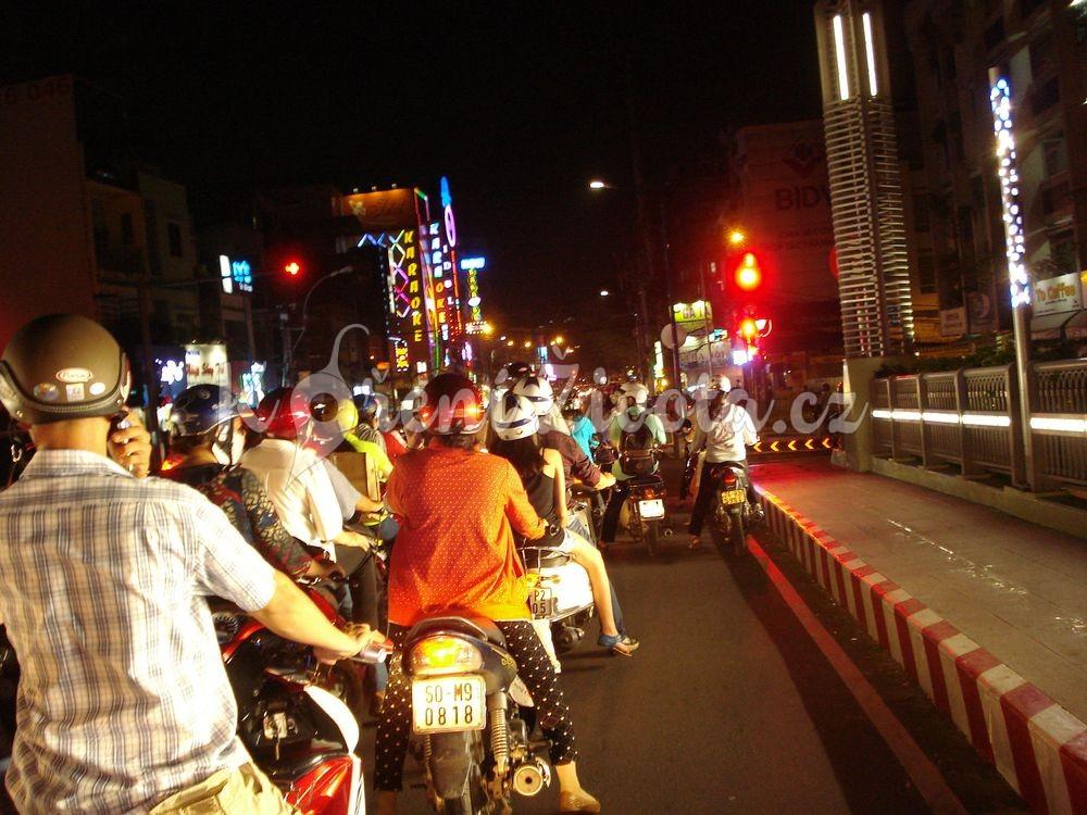 nocni_vietnam