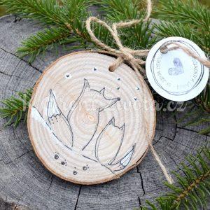 Ručně malovaná dřevěná ozdoba *VLČÍ LÁSKA*