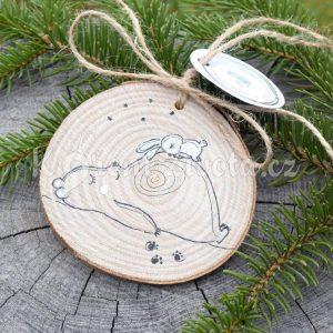Ručně malovaná dřevěná ozdoba *MEDVĚDÍ LÁSKA*