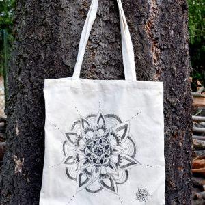 Ručně malovaná plátěná taška *MANDALA*, 38x42 cm