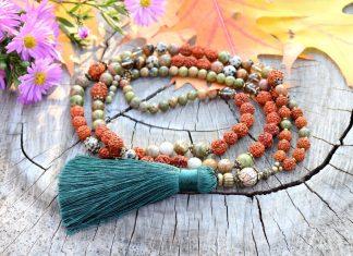 ~(POD)VĚDOMÍ~ Modlitební korále mála rudraksha s unakitem, 108 korálků