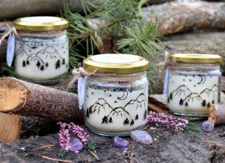 Ručně malovaná přírodní vonná svíčka zdobená minerály *ŽIVOT*, sojový vosk
