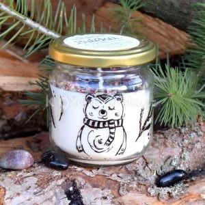 Ručně malovaná přírodní vonná svíčka s minerály *MEDVĚDÍ*, sojový vosk
