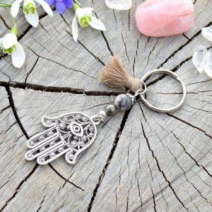 ~SNĚNÍ~ Originální přívěsek na klíče Fátimina ruka s pyritem a jaspisem