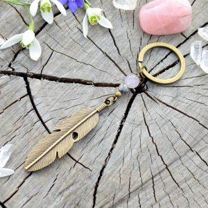 ~NĚŽNOST~ Originální přívěsek na klíče pírko s jaspisem a nefritem