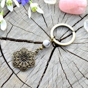 ~NĚŽNOST~ Kovový přívěsek na klíče mandala s jaspisem