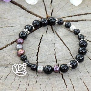 ~ELEMENT~ Elegantní perlový náramek s černým onyxem, lotosový květ