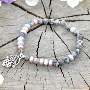 ~NĚHA~ Elegantní perlový náramek s jaspisem, přívěsek Fátimina ruka