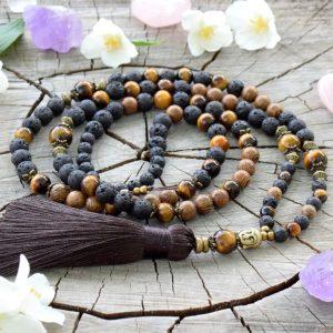 ~SÍLA (ZE)MĚ~ Modlitební korále mála z lávového kamene, tygřího oka a dřeva