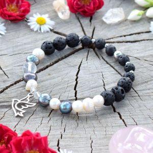 ~SÍLA~ Luxusní perlový náramek z chirurgické oceli, lávový kámen a perly
