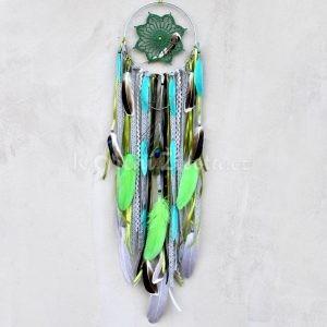 ~VYROVNANOST~ Jedinečný ručně vyráběný lapač snů s pírky a variscitem, 18x80 cm