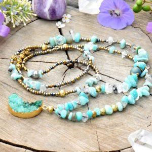 ~NADĚJE~ Dlouhý minerální náhrdelník s drúzou achátu ve tvaru Měsíce, amazonit