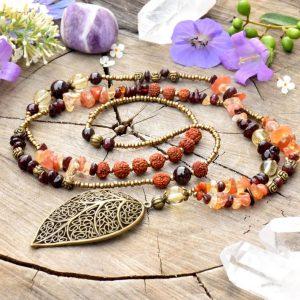 ~ČAKRY~ Dlouhý minerální náhrdelník s granátem, citrínem a rudrakshou, list