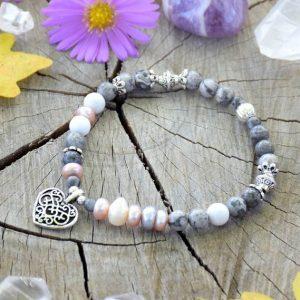 ~NĚHA~ Elegantní perlový náramek s jaspisem a howlitem, srdce