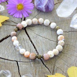 ~MEDITACE~ Perlový náramek s magnezitem, slunečním kamenem a dřevem