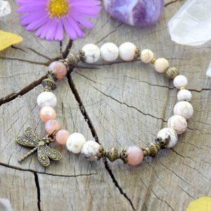 ~MEDITACE~ Perlový náramek s magnezitem a slunečním kamenem, vážka