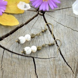 ~MEDITACE~ Visací perlové náušnice s magnezitem
