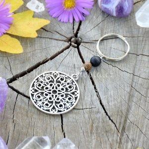 ~(ZE)MĚ~ Originální přívěsek na klíče mandala s onyxem a dřevem