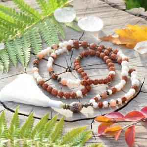 ~VÝJIMEČNOST~ Unikátní modlitební korále mála Rudraksha s perlami a slunečním kamenem