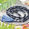 ~TRPĚLIVOST~ Modlitební korále mála z lávy a obsidiánu, 108 korálků