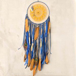 ~KOUZLO~ Jedinečný ručně vyráběný lapač snů s pírky měsíční drúzou, 25x83 cm