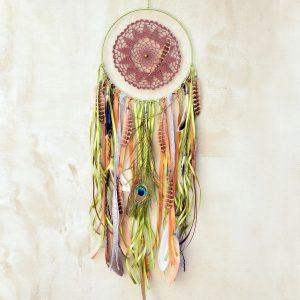~(POD)VĚDOMÍ~ Jedinečný ručně vyráběný lapač snů s pírky a unakitem, 25x80 cm