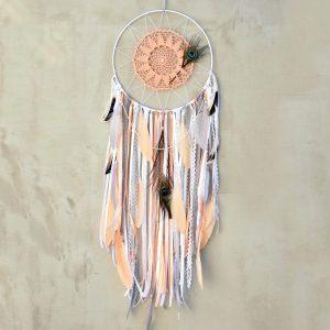 ~SNĚNÍ~ Jedinečný ručně vyráběný lapač snů s pírky a howlitem, 30x100 cm