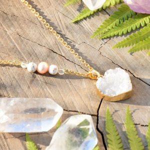 ~MEDITACE~ Jedinečný náhrdelník s drúzou achátu srdce, pravá perla a magnezit