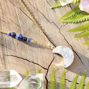 ~KOUZLO~ Jedinečný náhrdelník s drúzou achátu Měsíc, lapis lazuli a avanturín