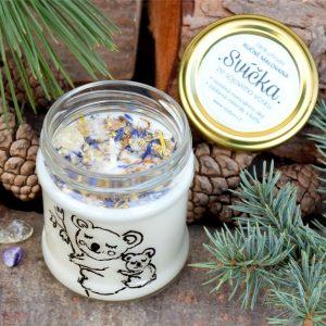 Ručně malovaná přírodní vonná svíčka s minerály *KOALÍ*, sojový vosk