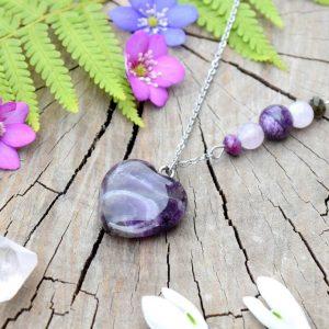 ~DUŠE~ Minerální náhrdelník s čaroitem a ametystem ve tvaru srdce, nerez ocel