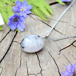 ~TRPĚLIVOST~ Minerální náhrdelník s křemenem, řetízek z chirurgické oceli
