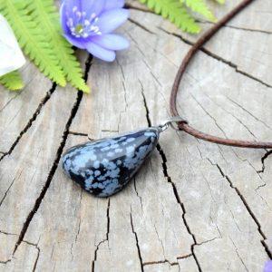 ~TRPĚLIVOST~ Minerální náhrdelník s obsidiánem, kožená šňůrka s karabinkou