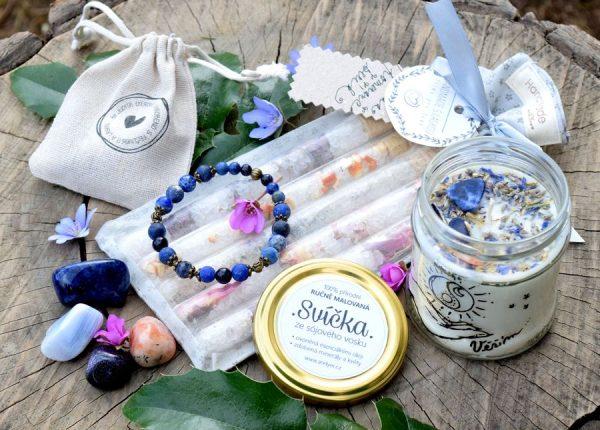 ~VĚŘÍM~ Velký dárkový balíček s náramkem, sadou minerálů, svíčkou a solemi do koupele