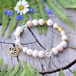 ~SNY~ Perlový náramek s magnezitem a křišťálem, přívěsek lotosový květ