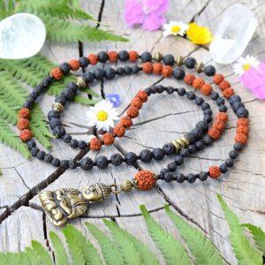 ~(ZE)MĚ~ Dlouhý rudraksha náhrdelník s Buddhou a lávovým kamenem