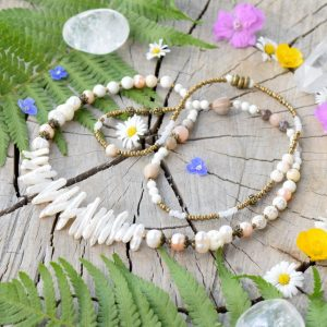 ~MEDITACE~ Jedinečný perlový náhrdelník se slunečním kamenem a magnezitem